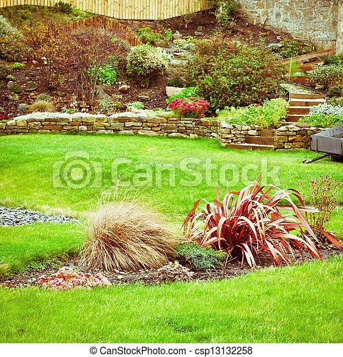 landscaped, tuin - csp13132258