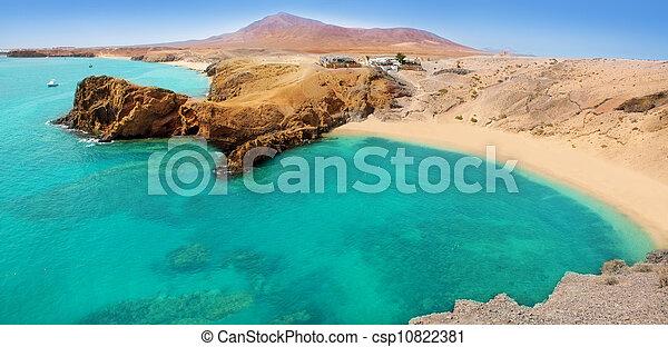 Lanzarote Papagayo turquoise beach and Ajaches - csp10822381