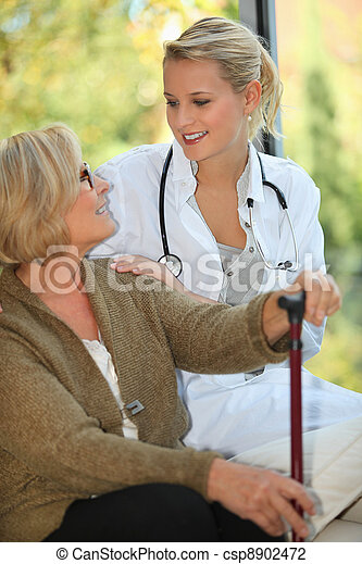 lar, mulher, idoso - csp8902472