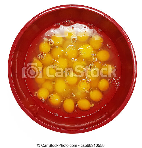 Large Bowl of Cracked Eggs - csp68310558