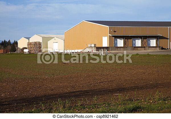 Large farm warehouses, rural Oregon. - csp8921462