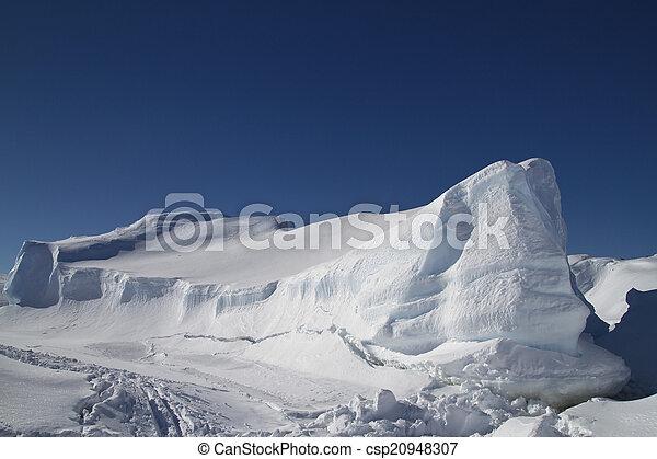 large flat frozen iceberg in the Southern Ocean Antarctic winter - csp20948307