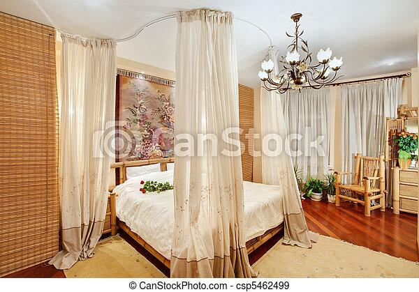 Large Style Angle Moyenâge Lit Chambre à Coucher Baldaquin Vue - Lit a baldaquin moyen age