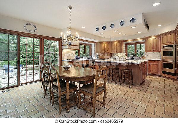 Large wood kitchen - csp2465379