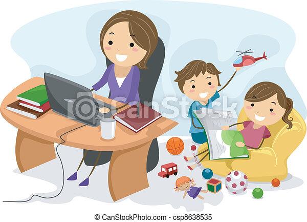 lavorando mamma - csp8638535