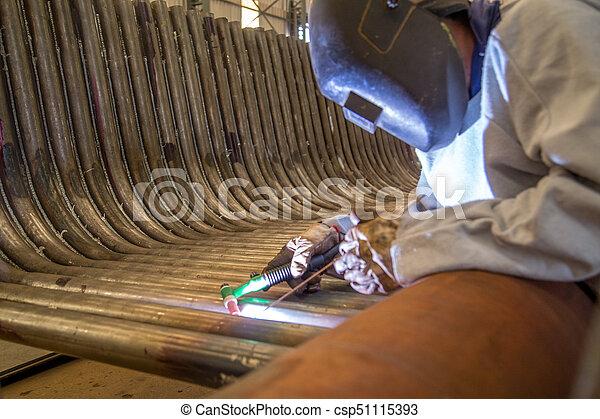 lavoratore industriale, saldatore - csp51115393