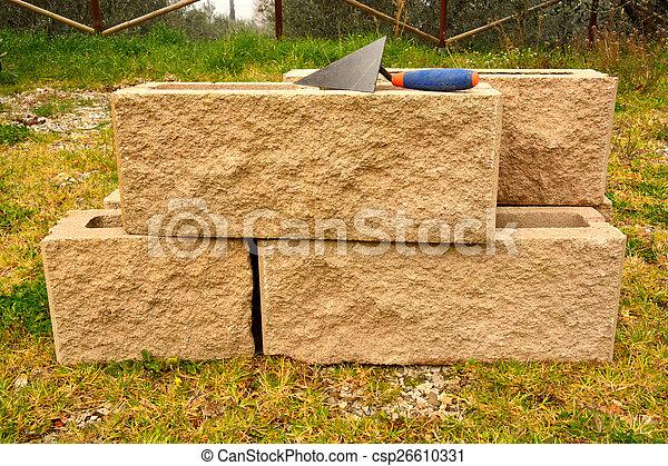 Lavoro Manuale Gli Attrezzi Per Costruire Un Muro Di Mattoni Di
