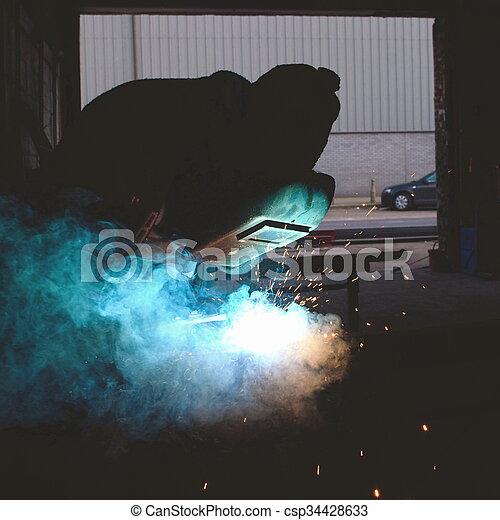 lavoro, saldatore arco - csp34428633
