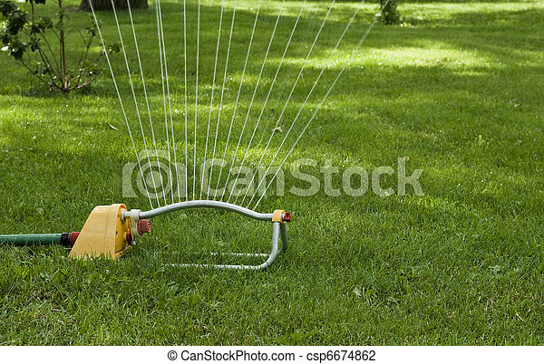 lawn sprinkler - csp6674862