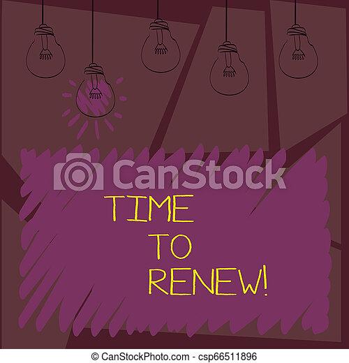 Schreibt eine Notiz, die Time erneuert. Business Foto Showcasing Fortsetzung der Versicherung erworben Lebens-und Eigentumsschutz. - csp66511896