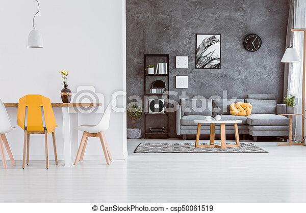lebensunterhalt, stuhl, zimmer, gelber