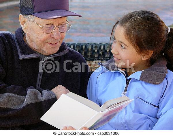 lecture, grand-père - csp0031006