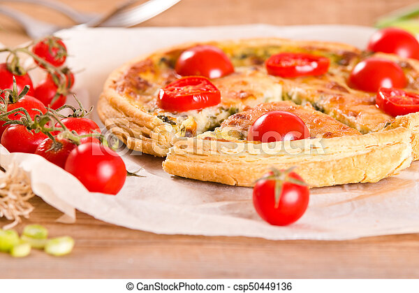 Leek and tomato quiche. - csp50449136