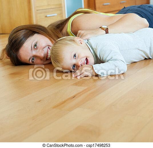 legno, felice, bambino, mamma, pavimento - csp17498253