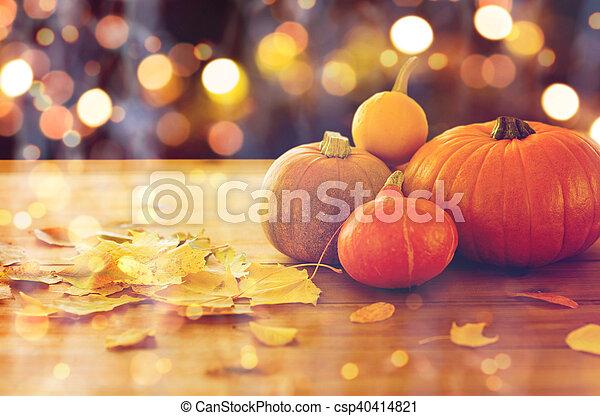 legno, halloween, su, zucche, chiudere, tavola - csp40414821