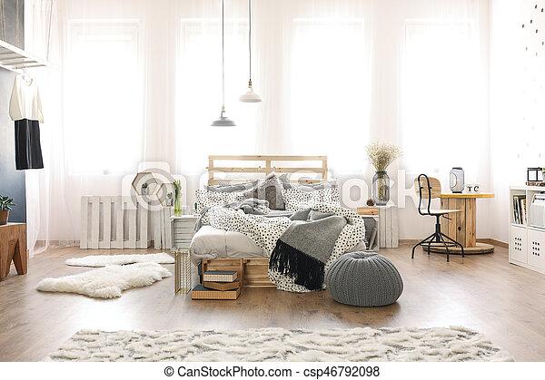 Legno mobilia camera letto. legno mobilia moderno spazioso