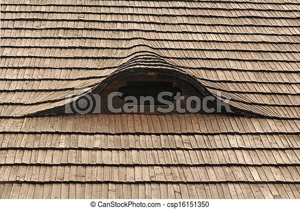 Legno vecchio tetto abbaino immagini d 39 archivio cerca for Abbaino tetto prezzi