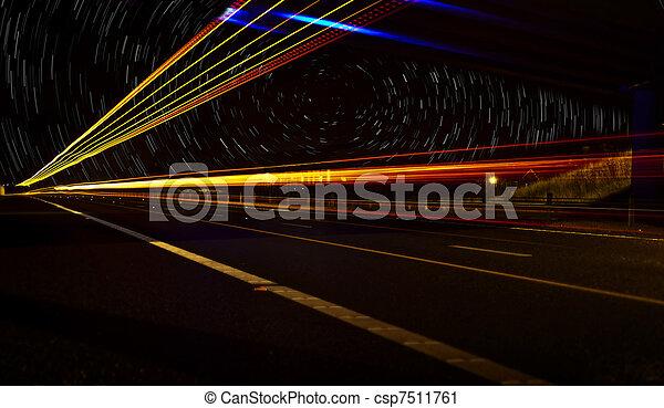 Lichtgeschwindigkeit - csp7511761