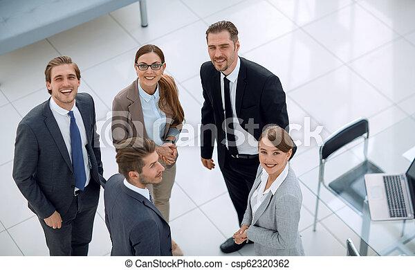 leute geschäft, buero, stehende , gruppe, bank - csp62320362