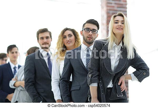 leute geschäft, junger, stehende , gruppe, row. - csp54020574