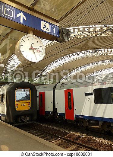 Leuven, trein, moderne, interieur, station, belgie. Europa, leuven ...