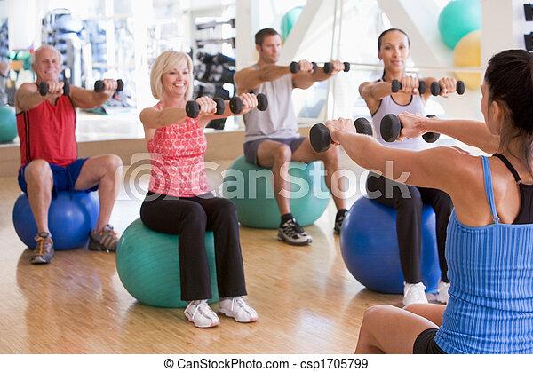 levando, instrutor, classe ginásio, exercício - csp1705799