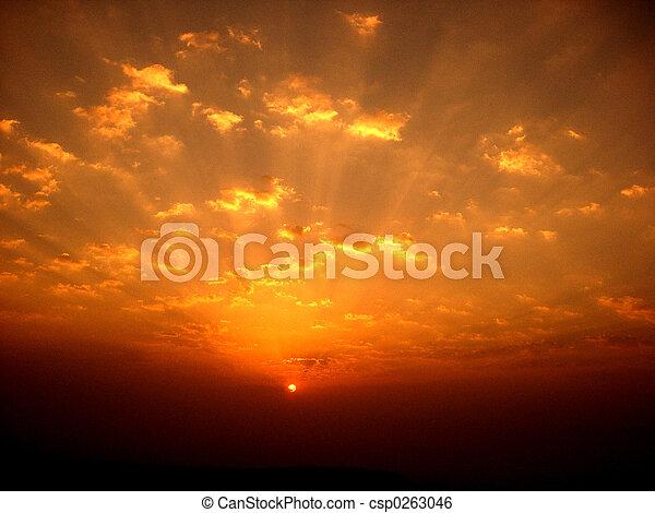 lever soleil coloré - csp0263046