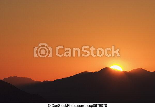 levers de soleil - csp0679070