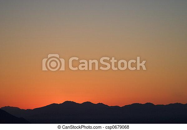 levers de soleil - csp0679068