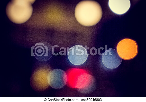 Ein buntes Licht - csp69946803