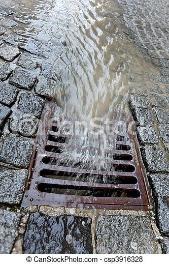 Lid of a channel for rainwater - csp3916328