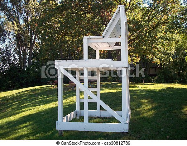 lifeguard-chair-pictures_csp30812789.jpg