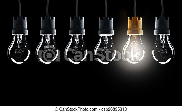 Light bulbs in row with single one shinning - csp26835313