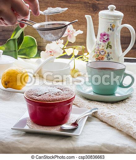 Salsa roja de limón, té, postre inglés - csp30836663