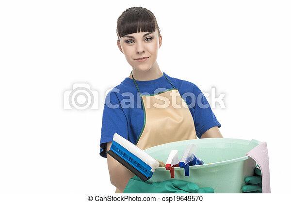 Mujer de limpieza caucásica con equipo de limpieza - csp19649570