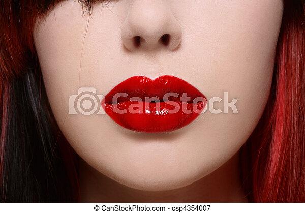 Rote Lippen - csp4354007