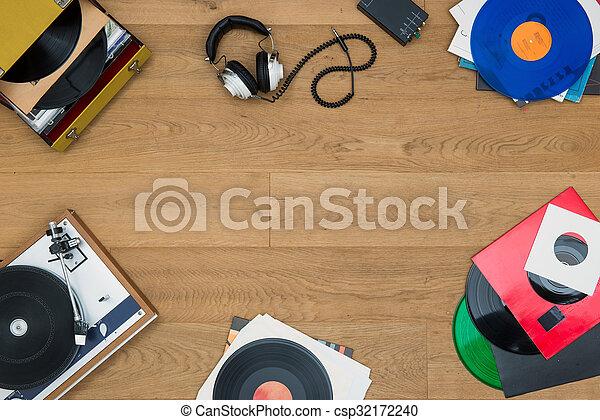 Listening to vinyl records - csp32172240