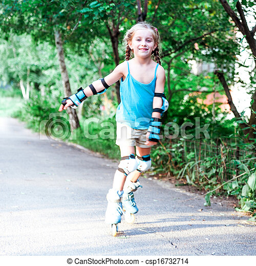 Little girl in roller skates - csp16732714