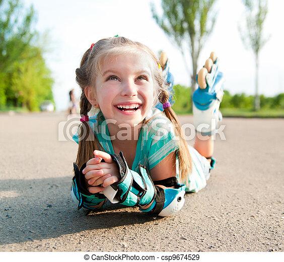 Little girl in roller skates - csp9674529