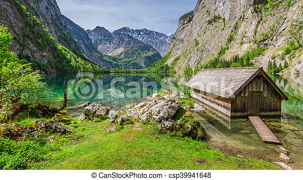 Little hut at the Obersee lake in German Alps - csp39941648