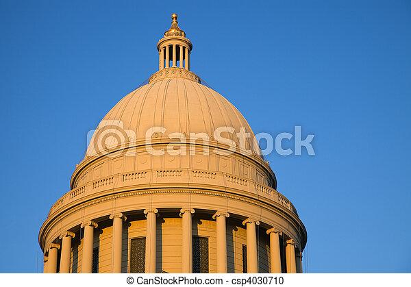 Little Rock, Arkansas - State Capitol - csp4030710