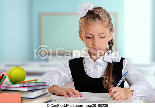 Little student girl - csp38168236