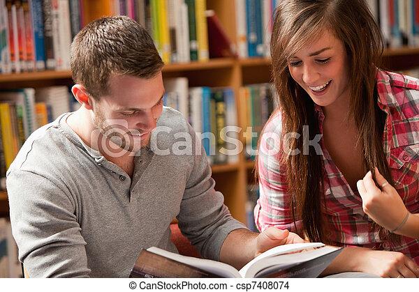livre, étudiants, lecture - csp7408074