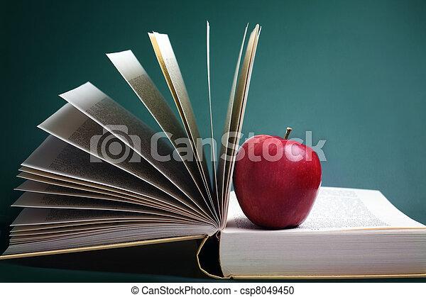 livres, pomme - csp8049450