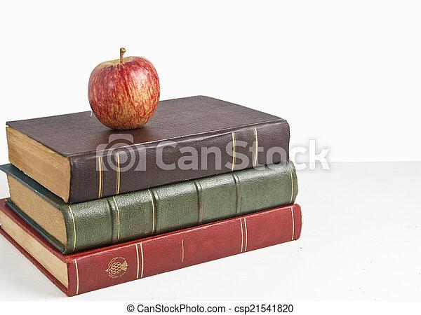 livres, pomme - csp21541820
