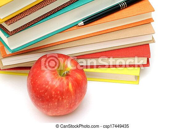livres, pomme - csp17449435