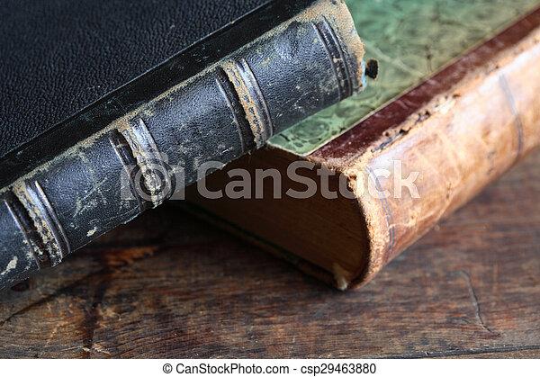 livres, vieux - csp29463880
