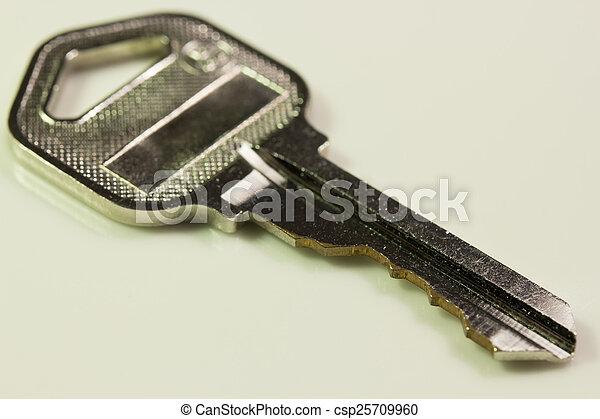 llave, blanco, aislado, plano de fondo - csp25709960