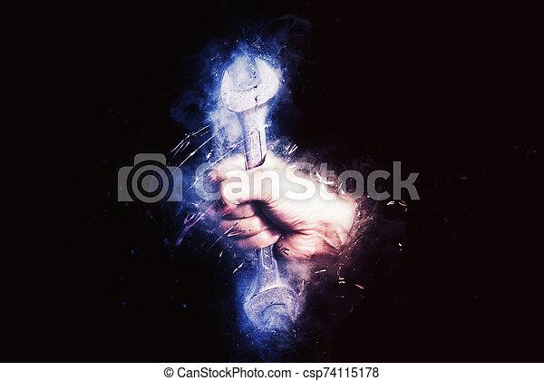 llave inglesa, concepto, mantenimiento, hombre, mano, eficiencia, servicio - csp74115178