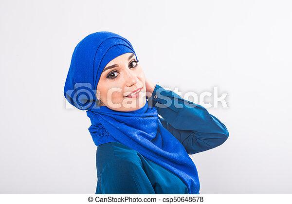 05721cee7 llevando, mujer, musulmán, joven, tradicional, retrato, árabe, ropa